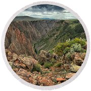 Colors Of The Black Canyon Round Beach Towel