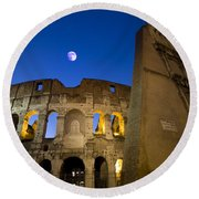 Colosseum And The Moon Round Beach Towel