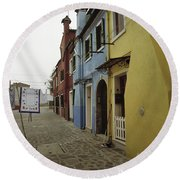 Coloured Houses In Burano Round Beach Towel