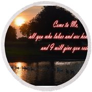 Come To Me Round Beach Towel
