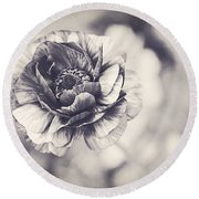 Coming Up In Black And White Round Beach Towel