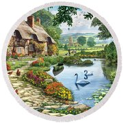 Cottage By The Lake Round Beach Towel