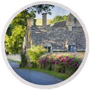 Cottage In The Cotswolds Round Beach Towel