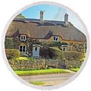 Cottage Of The Cotswolds Round Beach Towel