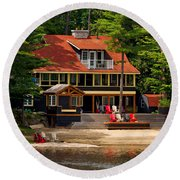 Cottage On A Lake Round Beach Towel