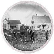 Cotton Picking, 1902 Round Beach Towel