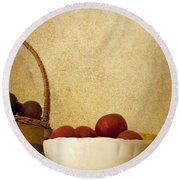 Country Apples Round Beach Towel