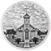 Country Chapel Round Beach Towel