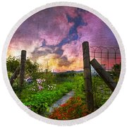 Country Garden Round Beach Towel