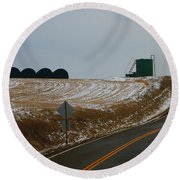 Country Roads In Holmes County Round Beach Towel