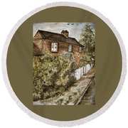 Old English Cottage Round Beach Towel