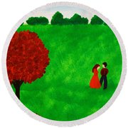 Courting Couple Round Beach Towel