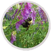Cow Vetch Wildflowers And Bumble Bee Round Beach Towel