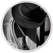 Cowboy Hat On Fence Post In Black And White Round Beach Towel