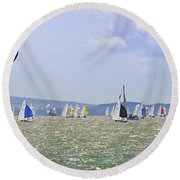 Cowes Week Isle Of Wight Round Beach Towel