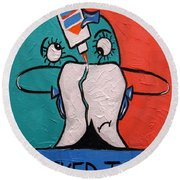 Cracked Tooth Round Beach Towel