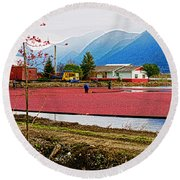 Cranberry Field Workers Round Beach Towel