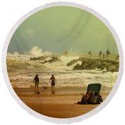 Crash Of The Waves Round Beach Towel