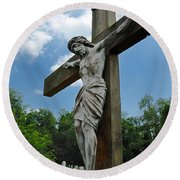 Crucifix Statue St James Cemetery Sewickley Heights Pennsylvania Round Beach Towel