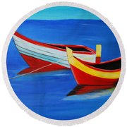 Cruising On A Bright Sunny Day Round Beach Towel