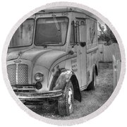 Dairy Truck - Old Rosenbergers Dairies - Black And White Round Beach Towel