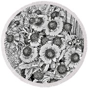 Daisies In Relief Round Beach Towel