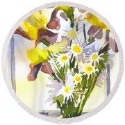 Daisies With Yellow Irises Round Beach Towel