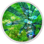Daisy Palms Round Beach Towel