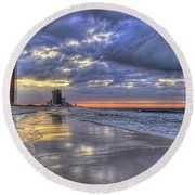 Dawn At The Cottages Of Romar Round Beach Towel