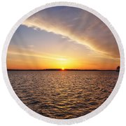 Dawn On The Chesapeak - St Michael's Maryland Round Beach Towel