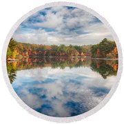 Dawn Reflection Of Fall Colors Round Beach Towel