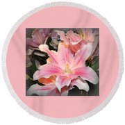 Pink Daylily In Bloom Round Beach Towel