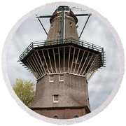De Gooyer Windmill In Amsterdam Round Beach Towel