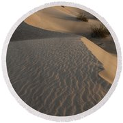 Death Valley Mesquite Flat Sand Dunes Img 0181 Round Beach Towel