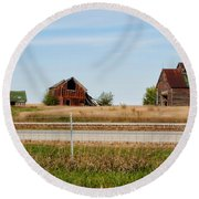 Decaying Farm Central Il Round Beach Towel