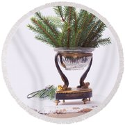 Decorating For Christmas Round Beach Towel