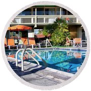 Del Marcos Pool Palm Springs Round Beach Towel