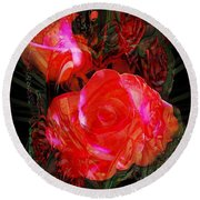 Detailed Roses Round Beach Towel
