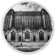 Detroit's Abandoned Michigan Central Train Station Depot In Black And White Round Beach Towel