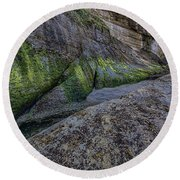Devil's Punchbowl Trail Round Beach Towel