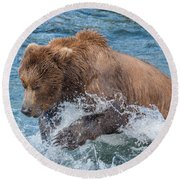 Diving For Salmon Round Beach Towel