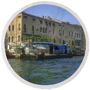 Docks On The Grand Canal Round Beach Towel