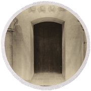 Door And Pillars  B And W Round Beach Towel
