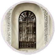 Door With Decorated Arch Round Beach Towel