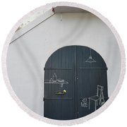 Door With Drawings Round Beach Towel