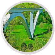 Double-arched Bridge Spanning Birdsong Hollow At Mile 438 Of Natchez Trace Parkway-tennessee Round Beach Towel