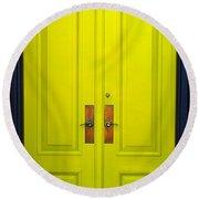 Double Yellow Doors Round Beach Towel