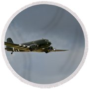 Douglas C-47 Dakota Round Beach Towel