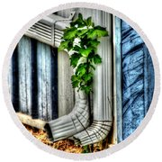 Downspout Round Beach Towel