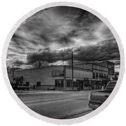 Downtown Sandpoint In Infrared 2 Round Beach Towel